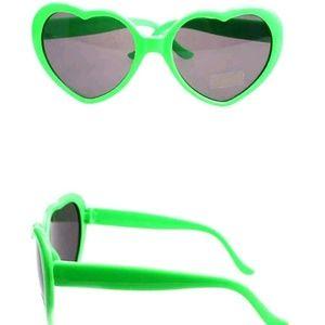 Kawaii heart shapped sunglasses